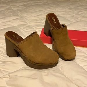 MIA brown suede clog with grommet detail
